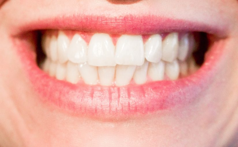 Obecna technologia wykorzystywana w salonach stomatologii estetycznej może sprawić, że odzyskamy piękny uśmieszek.
